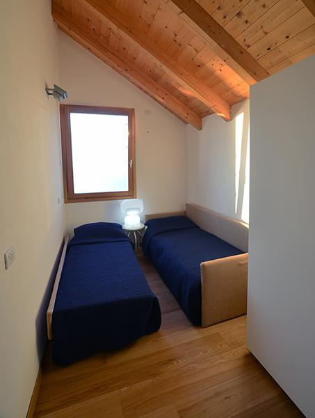 13 Bedroom 2Beds