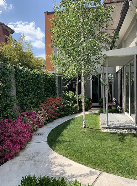 30 Arimondi Garden